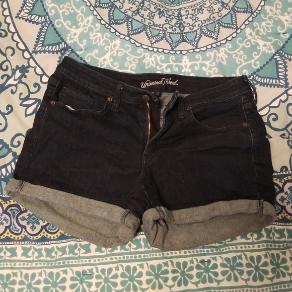 Universal Thread Pants - Mid waisted denim shorts